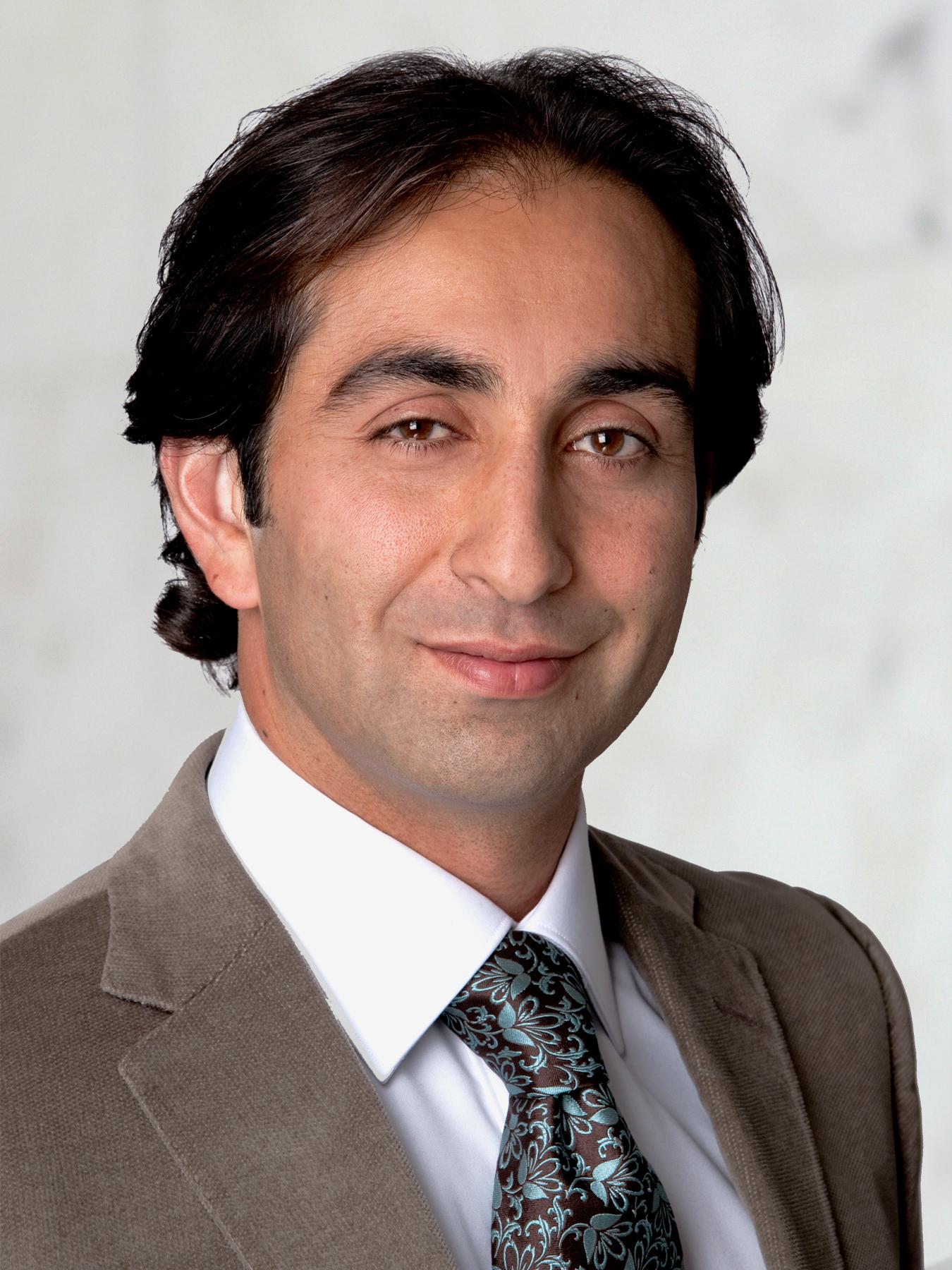 Babak Larian Parathyroid Parotid Surgeon Beverly Hills